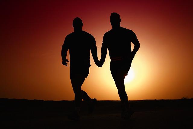 homosexualiové při běhu