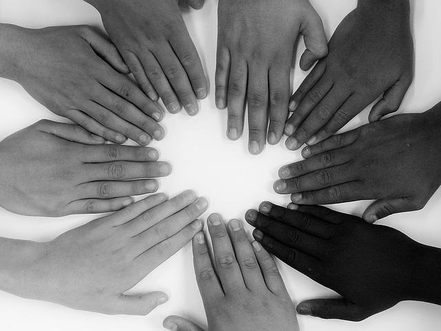 osm rukou