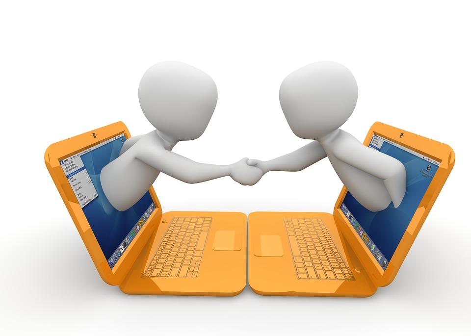Jak obchodní řetězce udržují se svými zákazníky kontakt